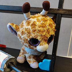 giraffemaking_twitch